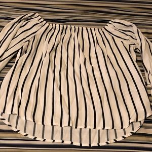 Forever 21 white and Black strip long sleeve shirt